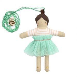 Halskette Puppe